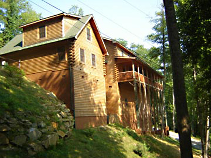 Mountainside Lodge